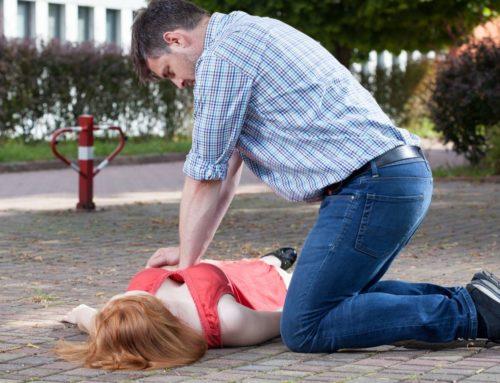 Japonia: absurdy – mężczyzna udzielający pierwszej pomocy posądzony o molestowanie