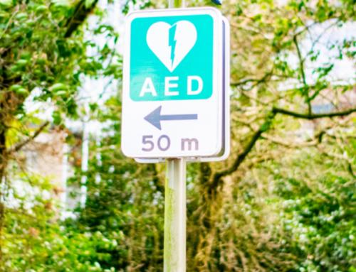 RKO z użyciem AED krok po kroku