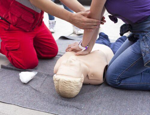 Szkolenie z pierwszej pomocy dla osób niewidomych – jak wiele trudności trzeba przezwyciężyć?